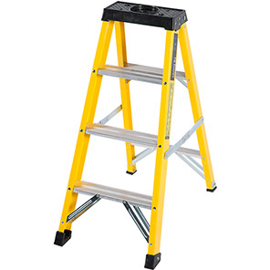 TB Davies Fibreglass Swingback Step Ladder